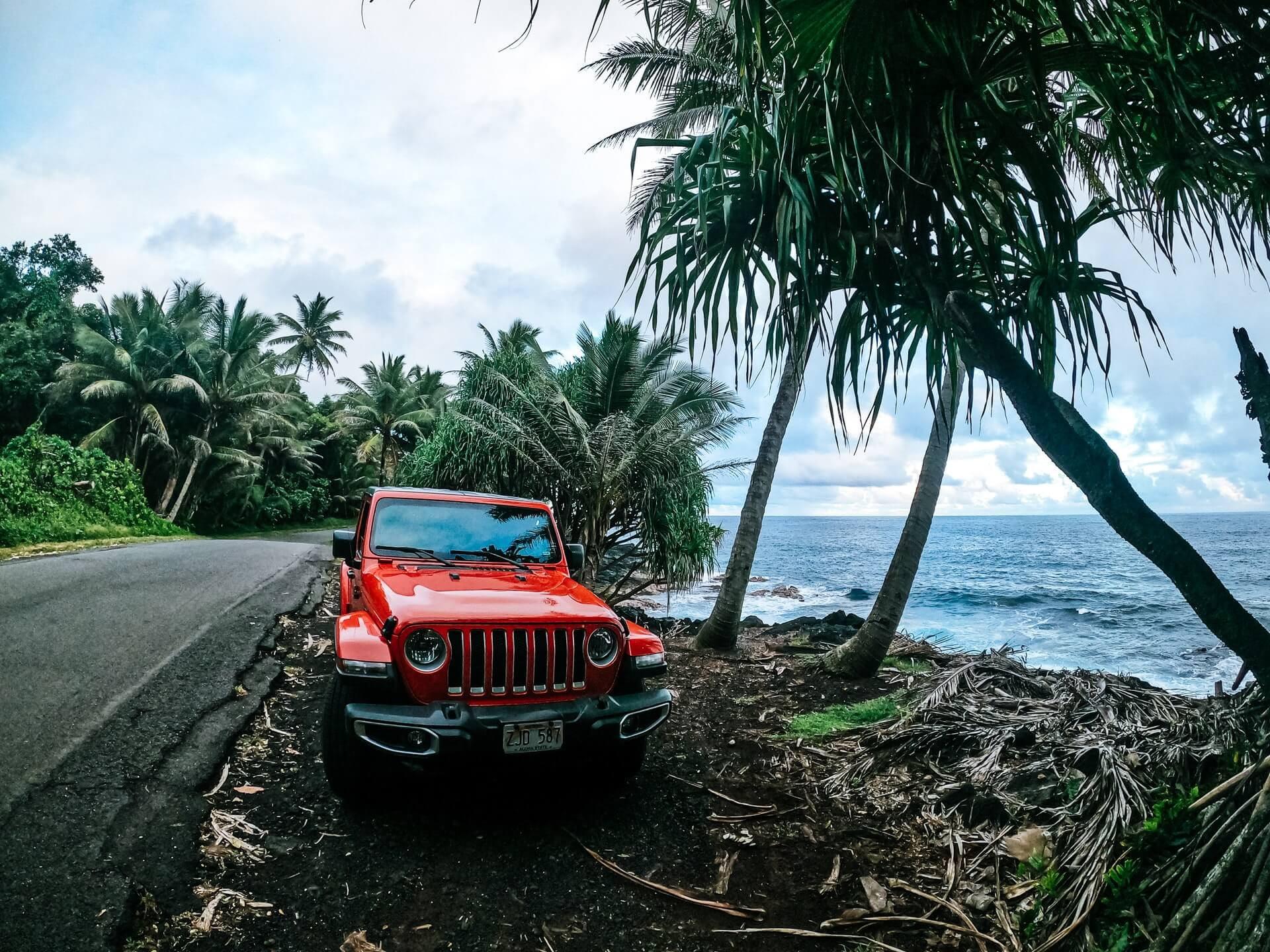 The cheapest way to ship a car to Hawaii and from Hawaii