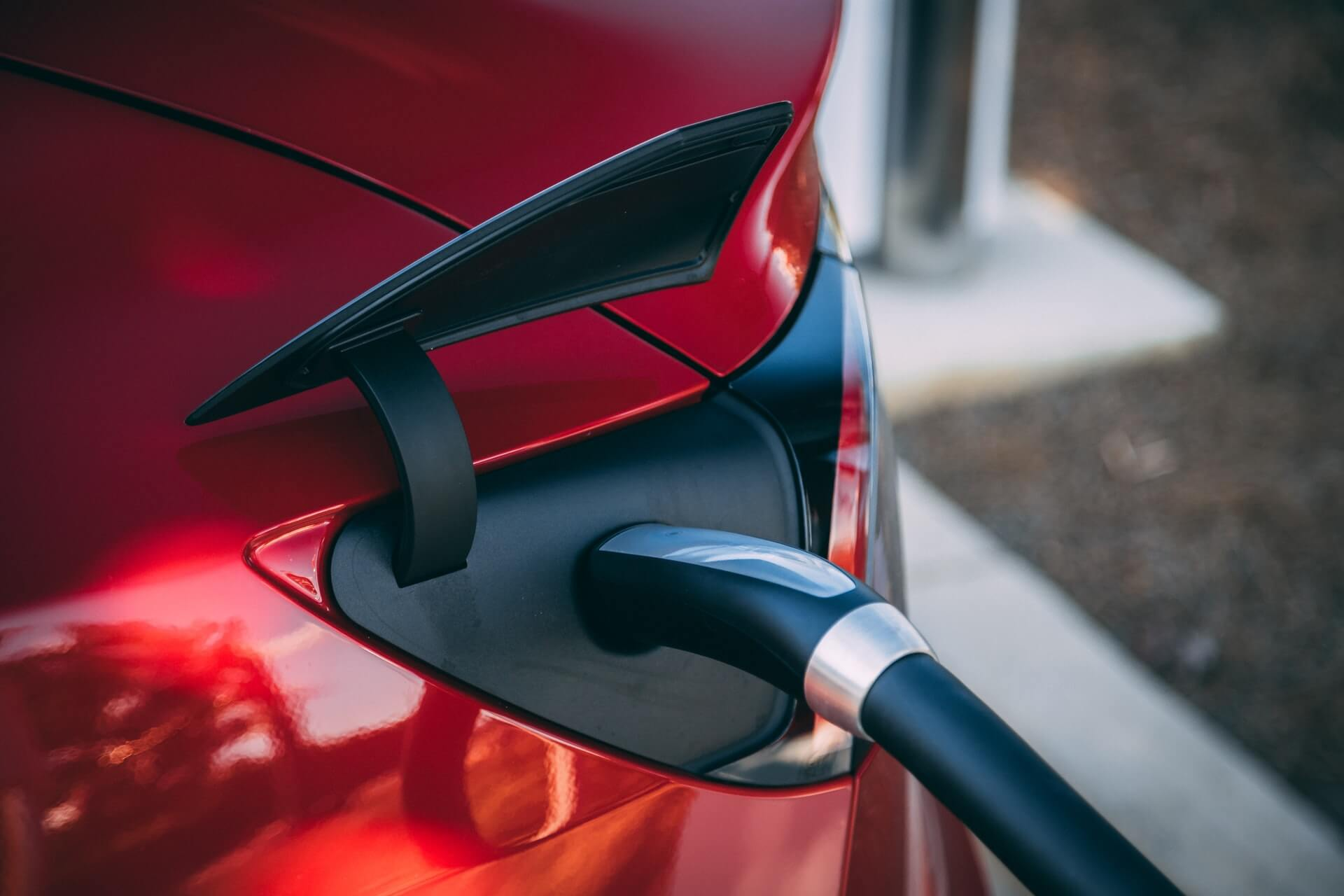 Benefits of shipping your electric car