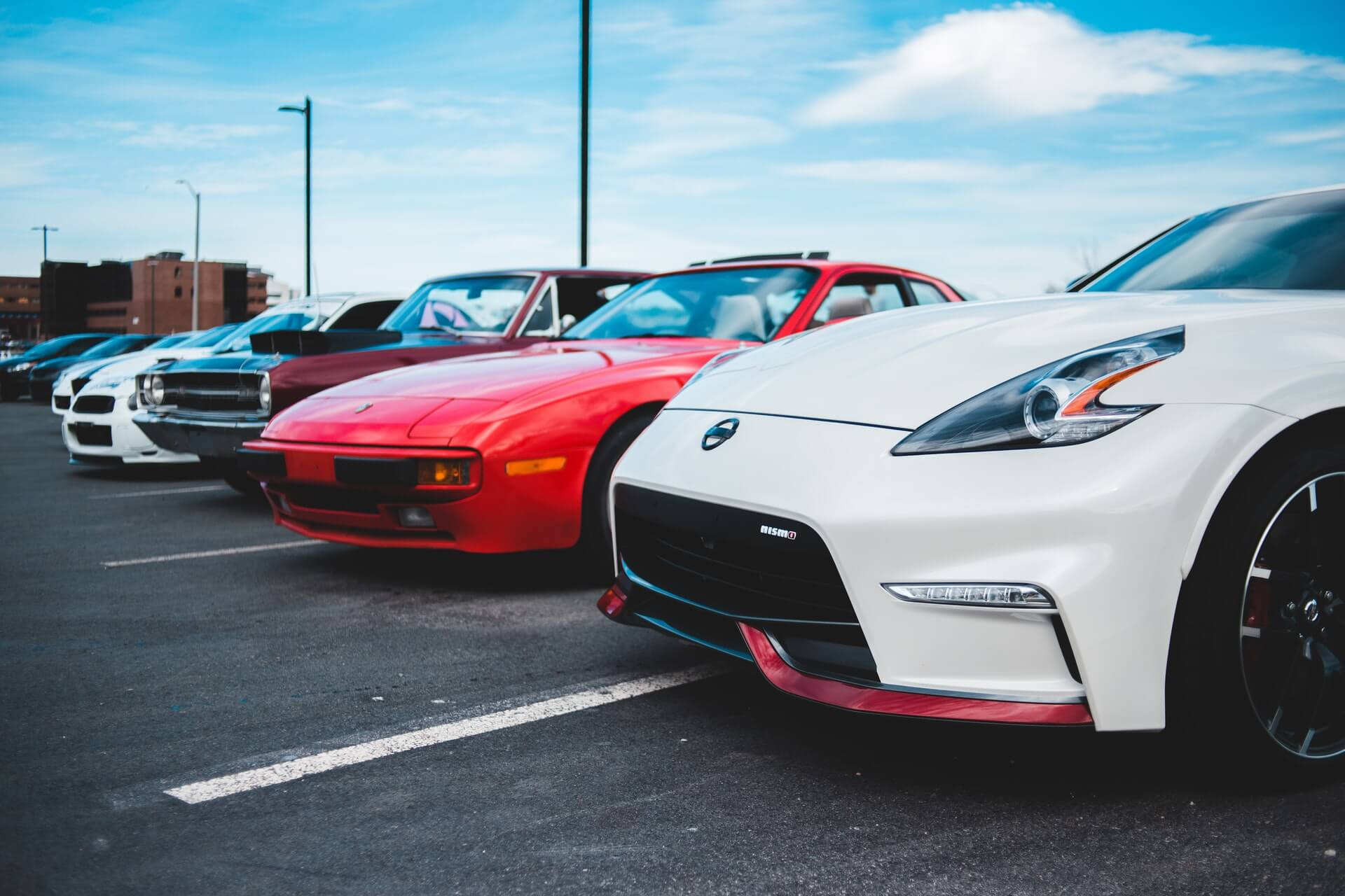How to buy a new and used car online