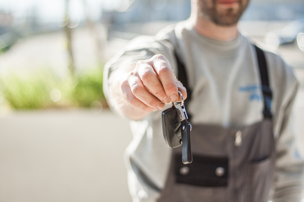 Tips for how to sell a used a car online